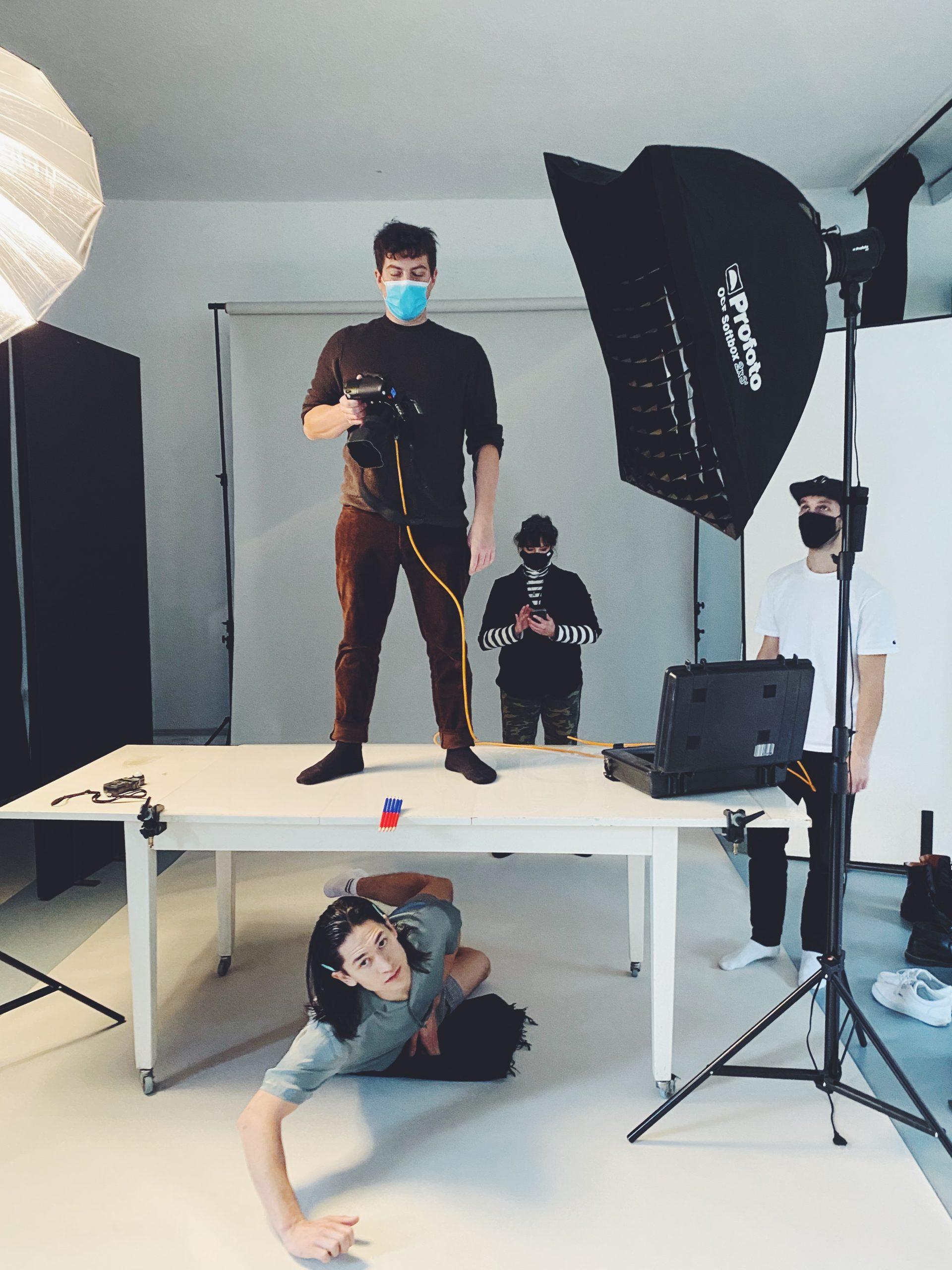Behind the scenes Bild des Shootings zu ES IST OKAY